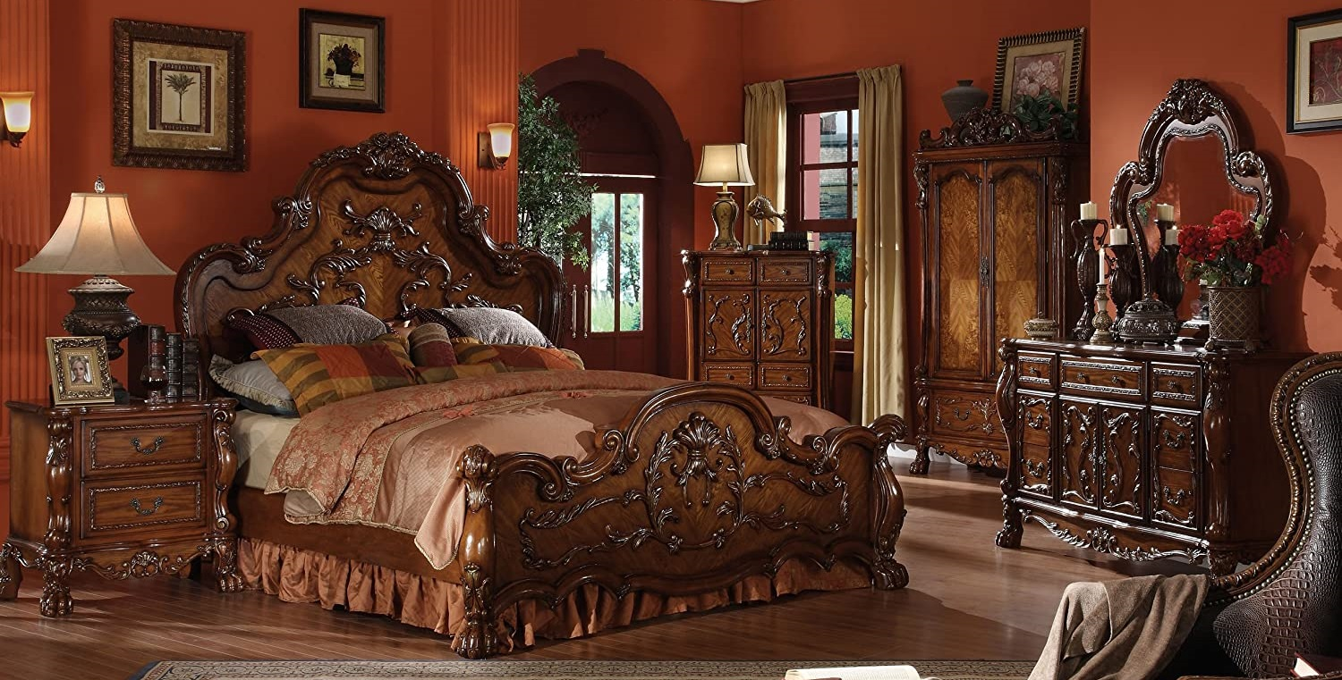 Why to Choose Wooden Furniture for Your Home and Offices?